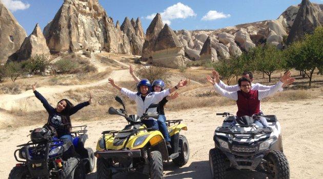 Kapadokya'da ATV ve Atlı Safari Turu İlgi Çekiyor