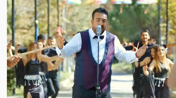 """Hakan Erdoğan - """"Sen Gelinsin Ben Damat"""" Klibi"""